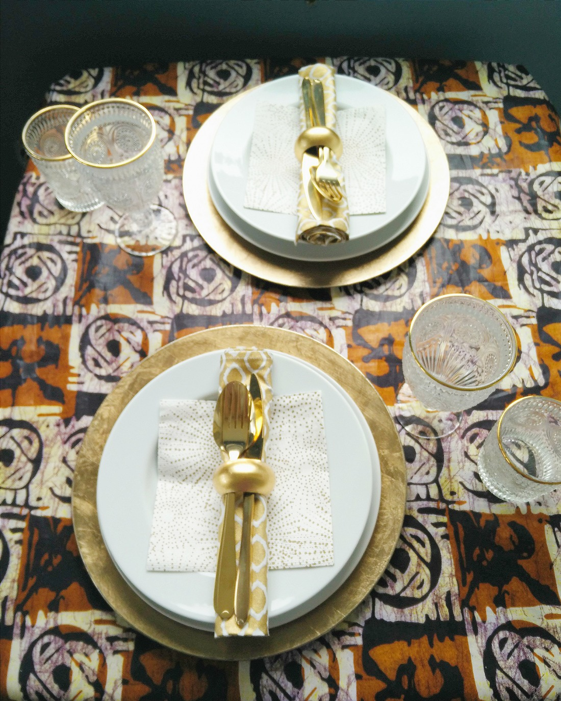 xmas table laid with brown and cream ankara fabric